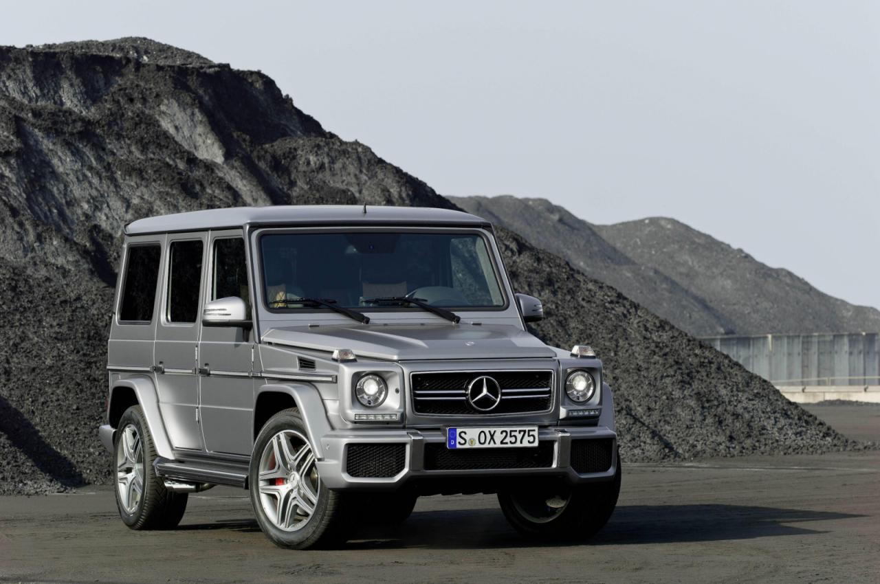 Mercedes benz g class 16