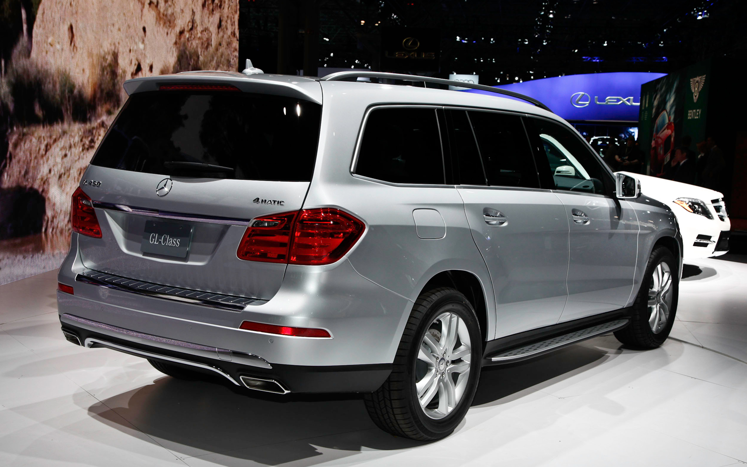 2013 mercedes benz gl class information and photos. Black Bedroom Furniture Sets. Home Design Ideas