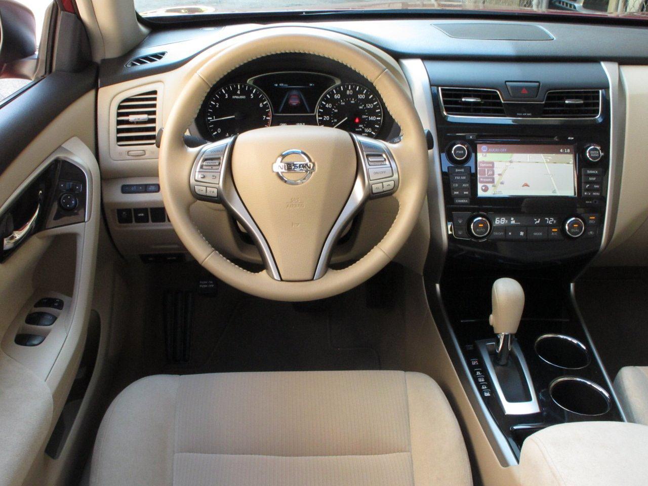 2013 Nissan Altima Image 11