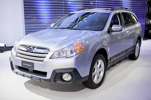 2013 Subaru Outback Image 20