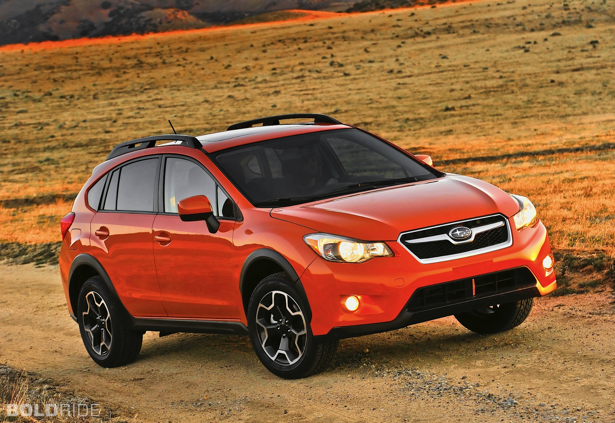 2013 subaru xv crosstrek information and photos zombiedrive. Black Bedroom Furniture Sets. Home Design Ideas
