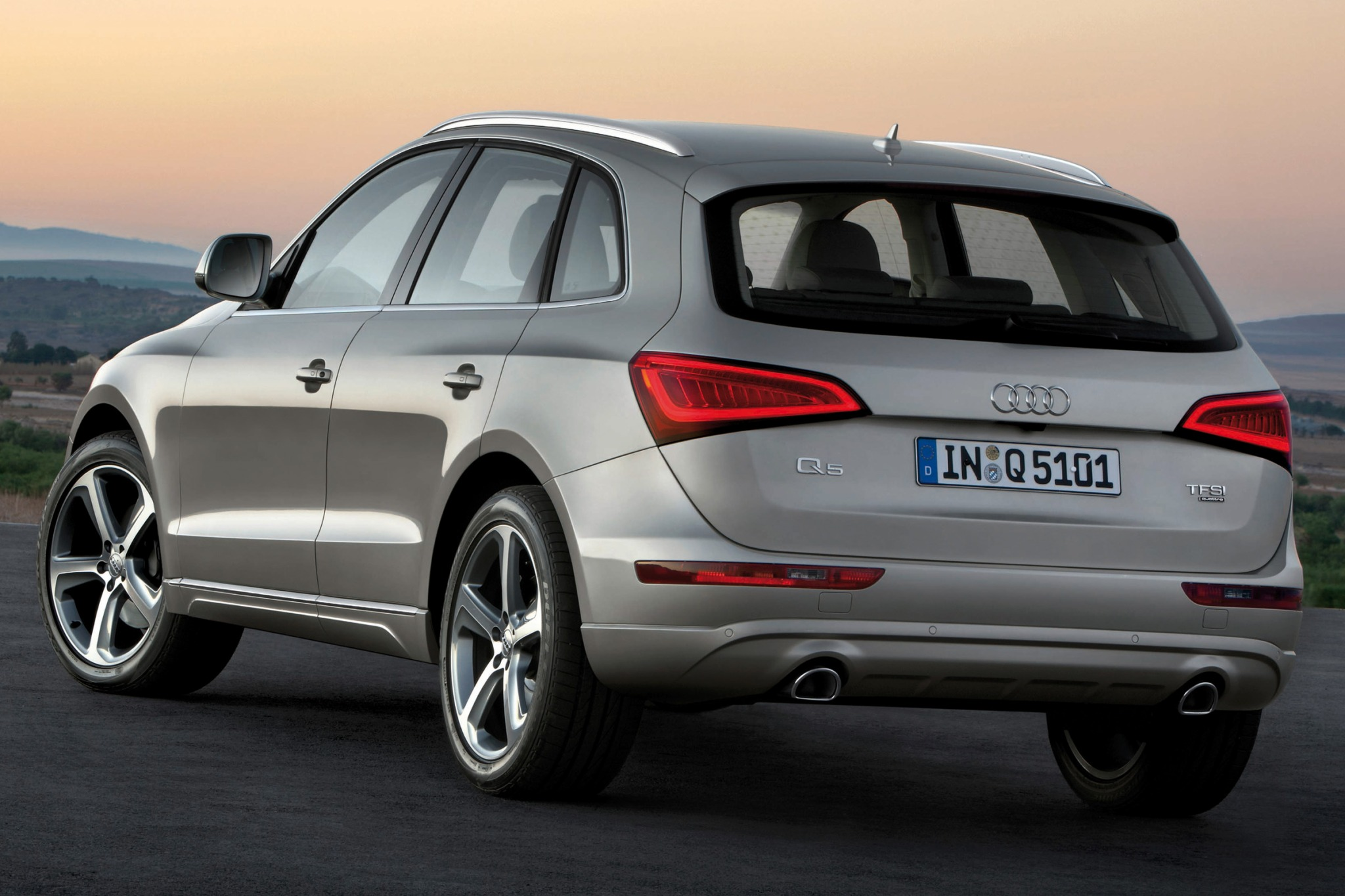 photos audi msrp price driver car specs reviews and