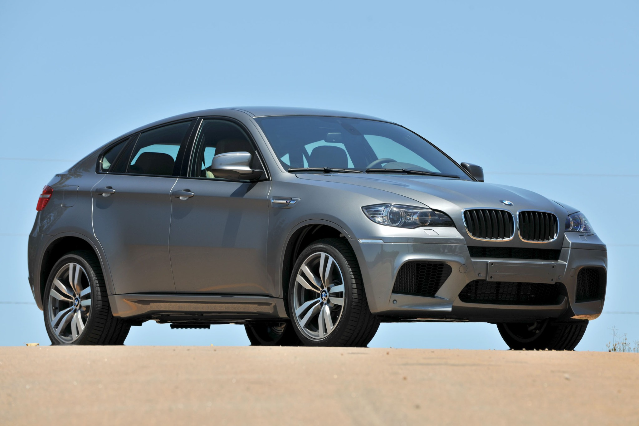 2012 BMW X6 M Gauge Clust interior #1