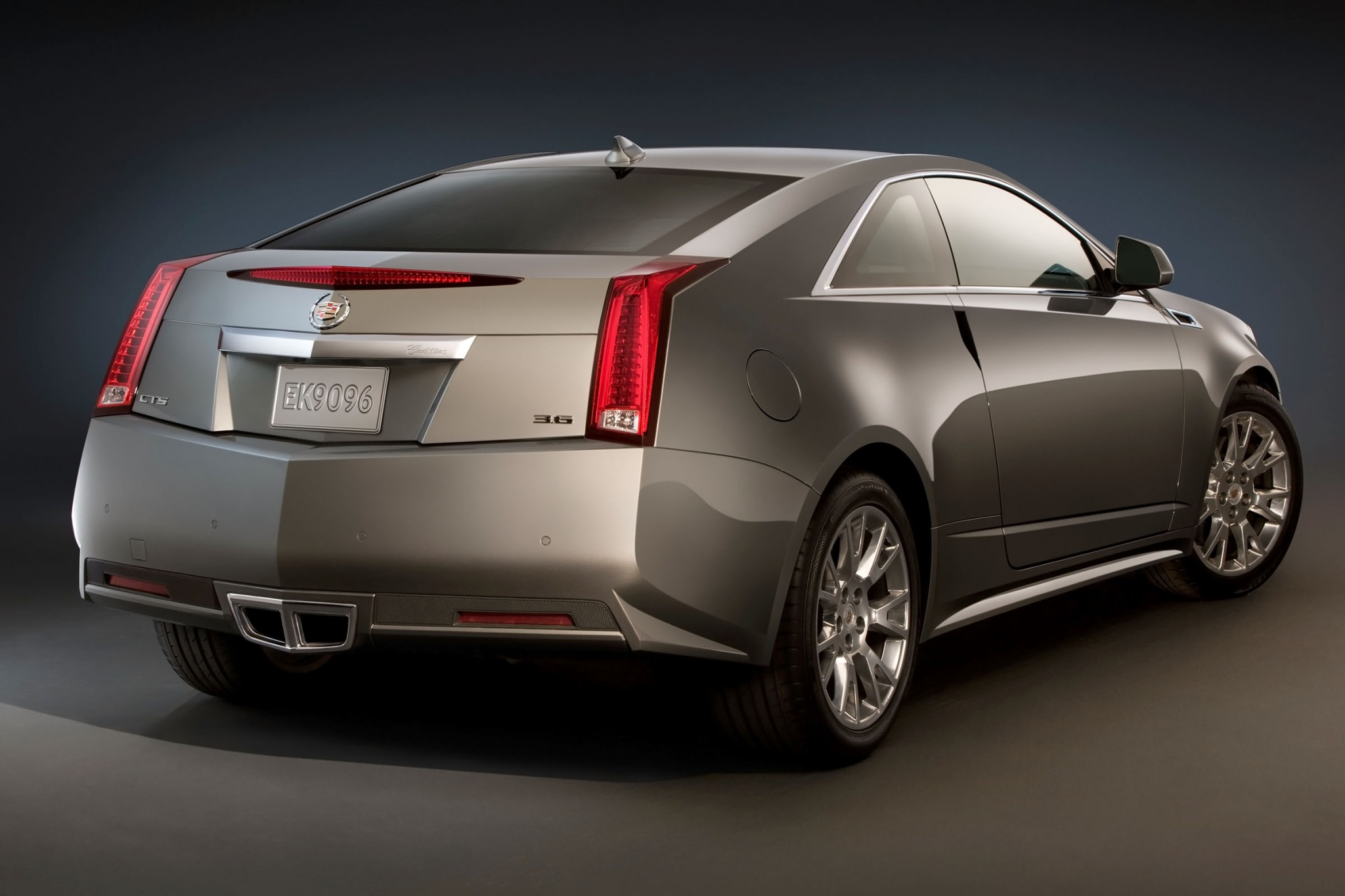 2013 Cadillac CTS Coupe E exterior #2