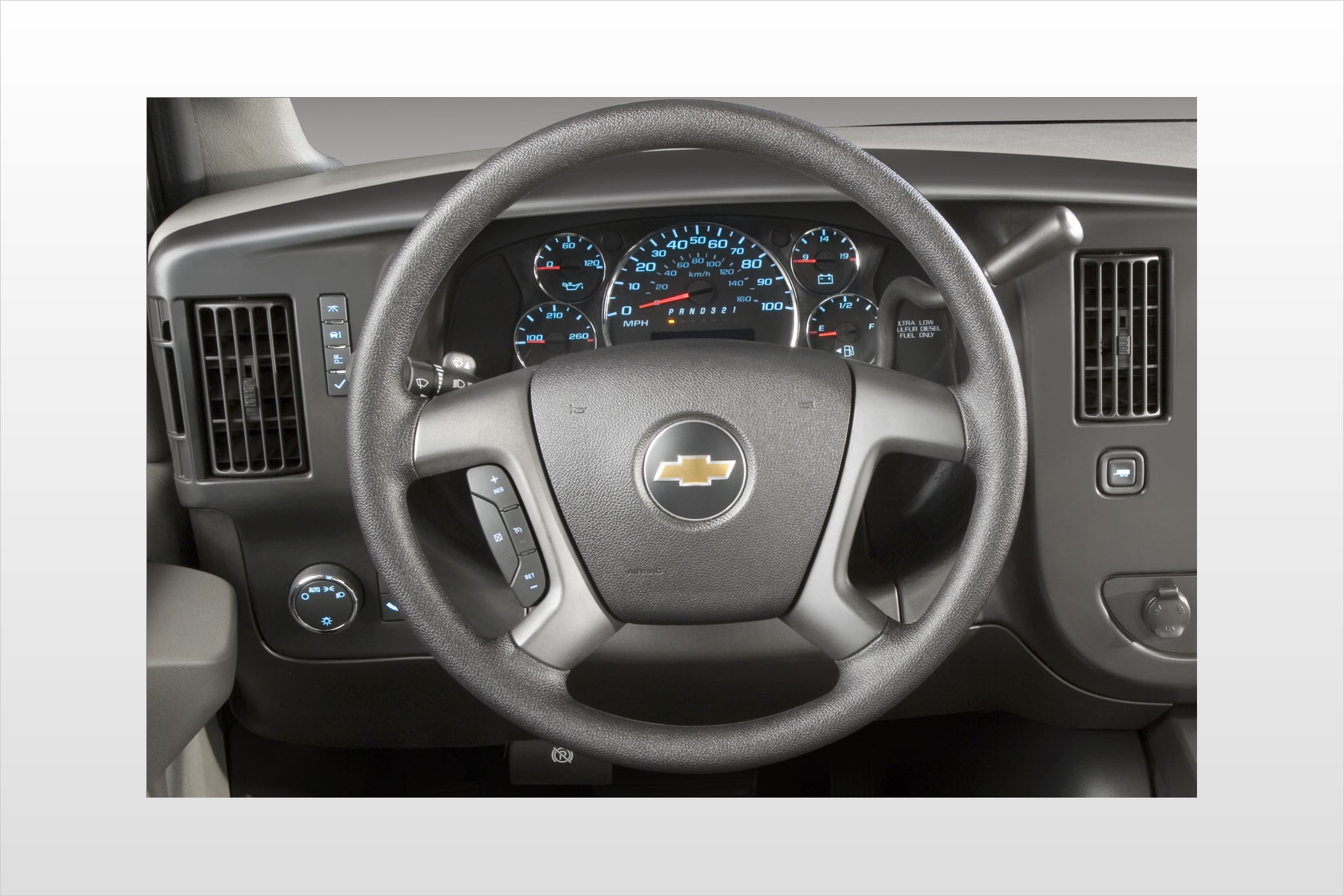 2013 Chevrolet Express LS interior #3