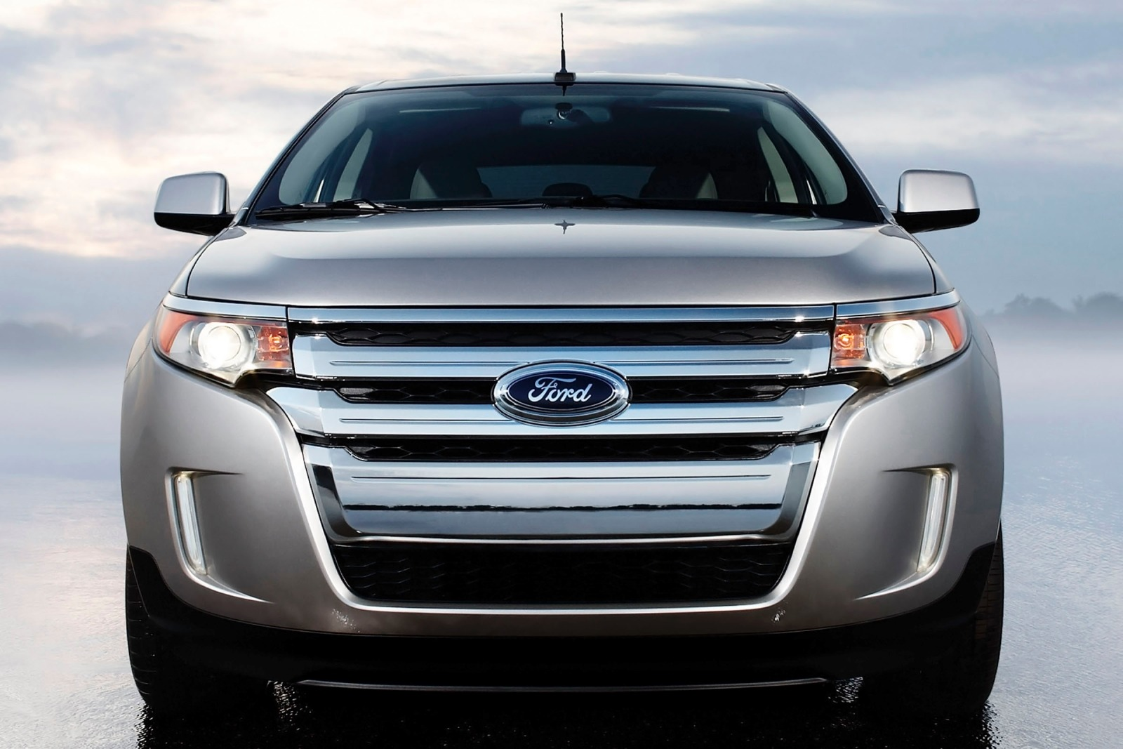 2013 Ford Edge 4dr SUV Re exterior #6