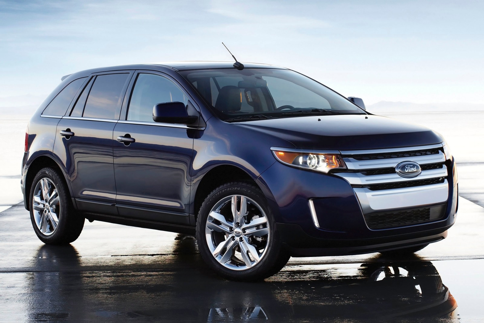 2013 Ford Edge 4dr SUV Re exterior #1