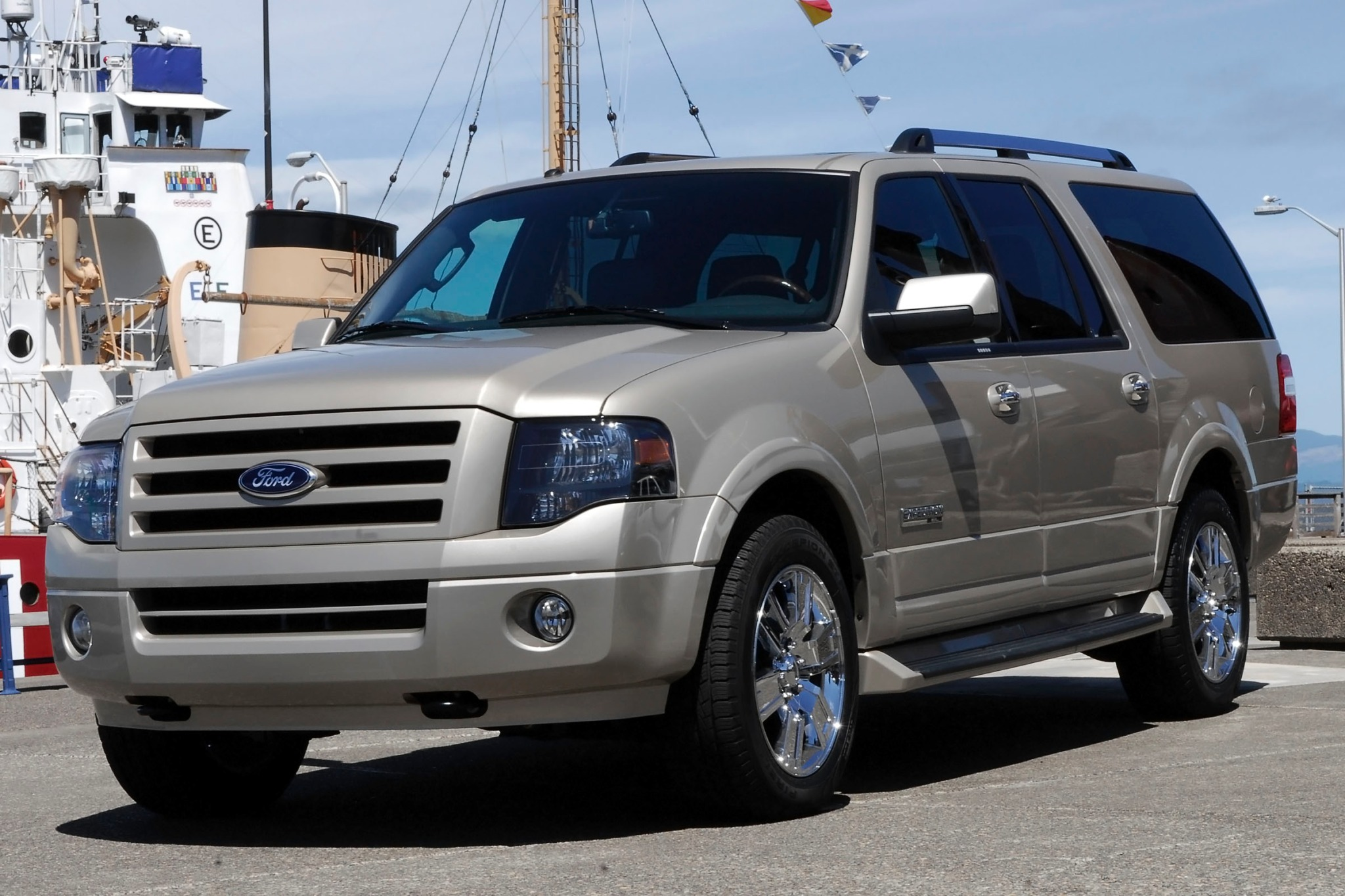 2013 Ford Expedition XLT  exterior #8