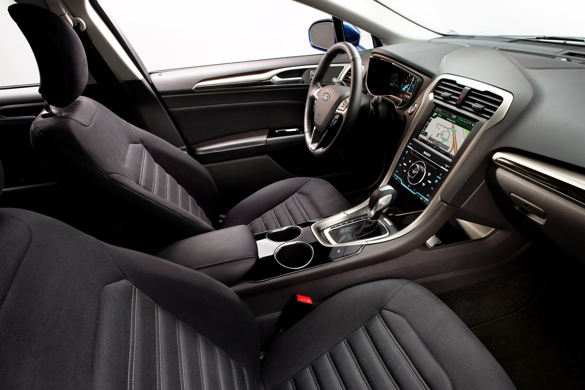 2013 Ford Fusion Hybrid S interior #7