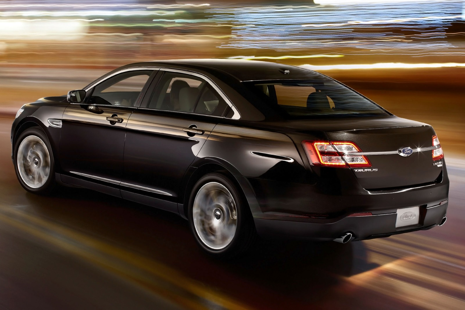 2013 Ford Taurus Limited  exterior #4