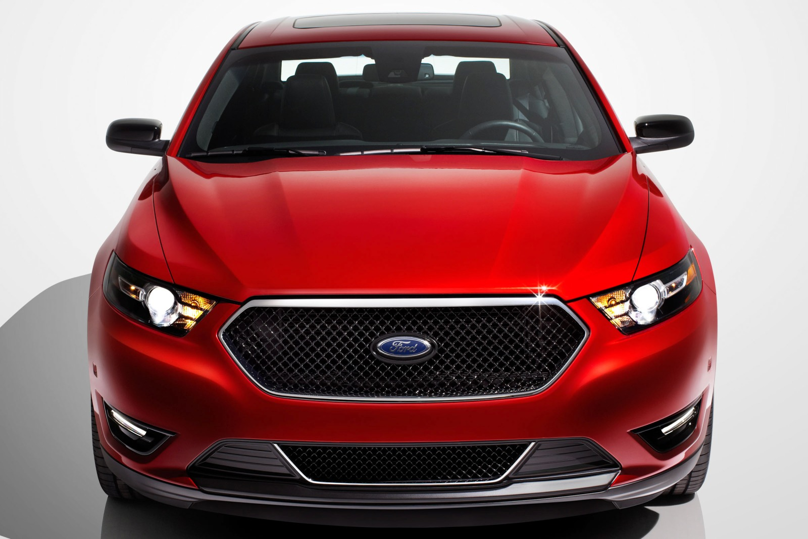 2013 Ford Taurus Limited  exterior #9