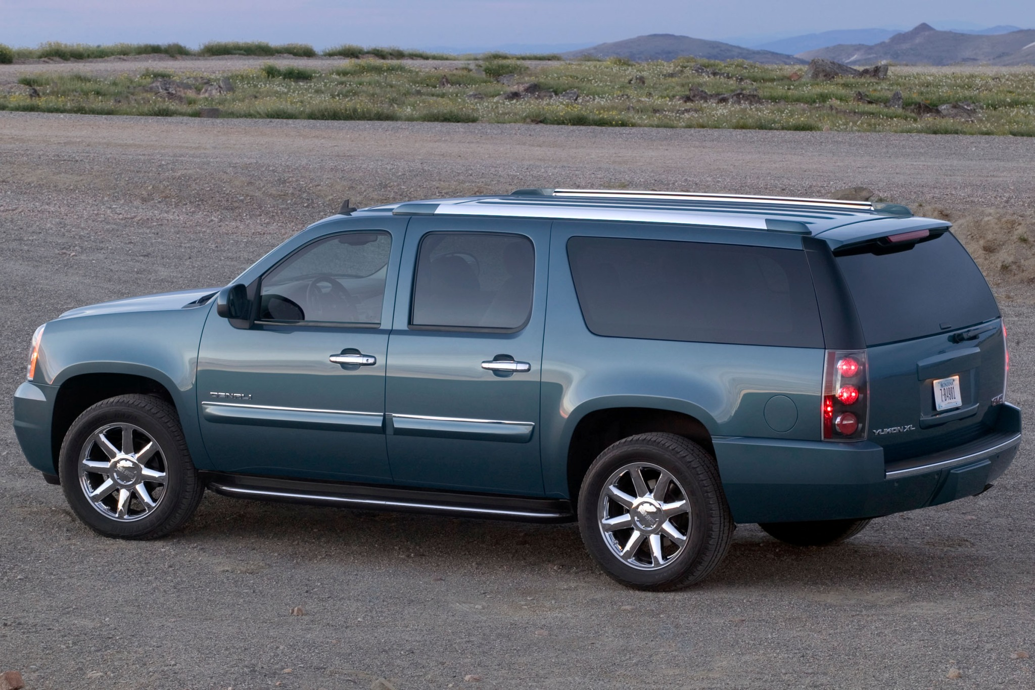 2013 GMC Yukon XL SLT 150 interior #4