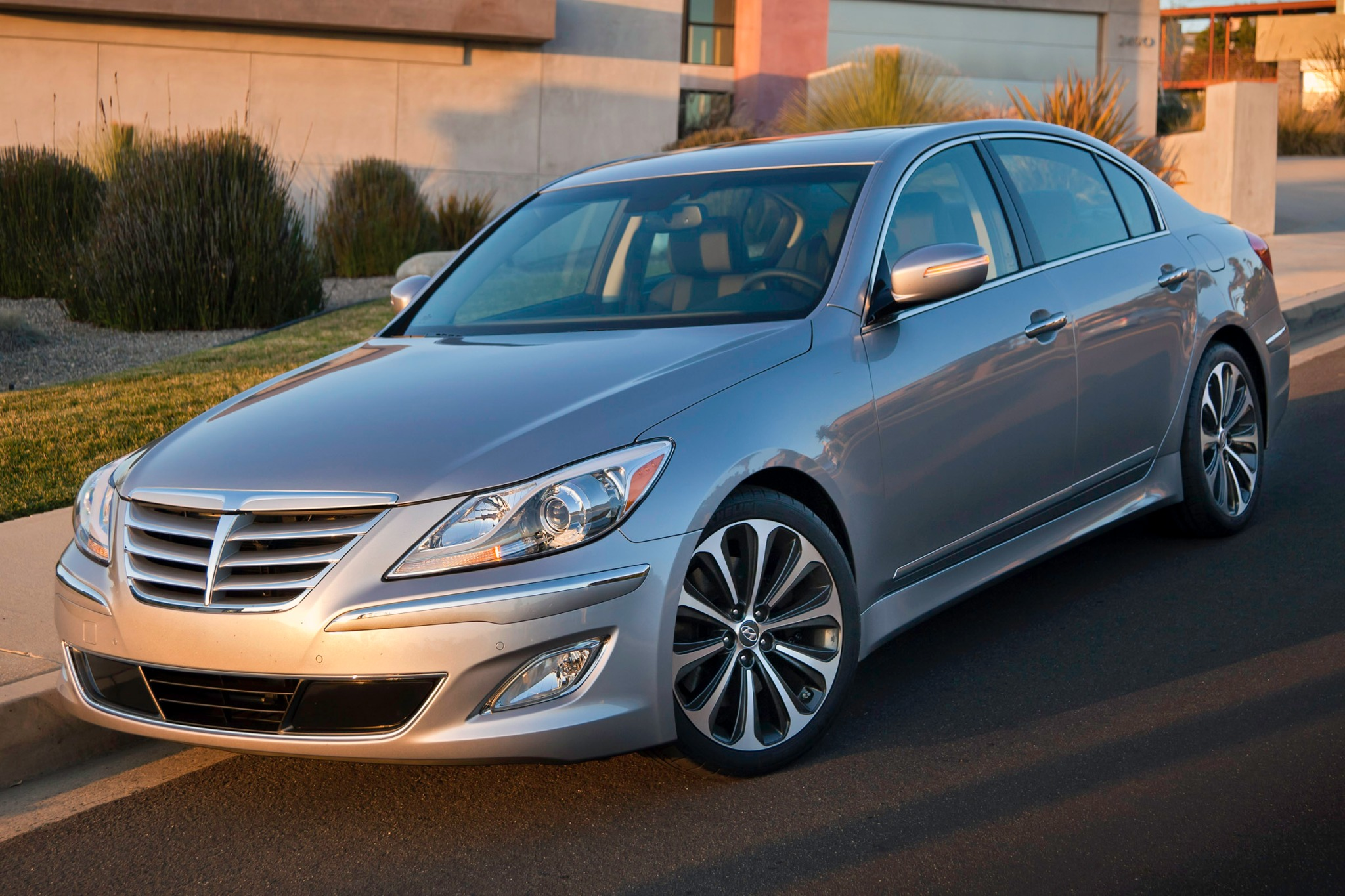 left wikimedia hyundai genesis commons file sedan wiki rear