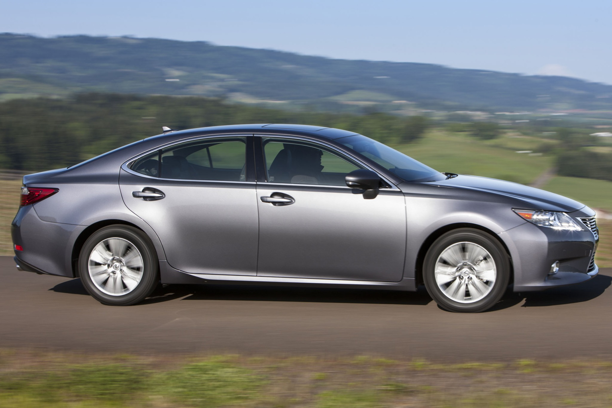 2013 Lexus ES 350 Sedan N interior #2