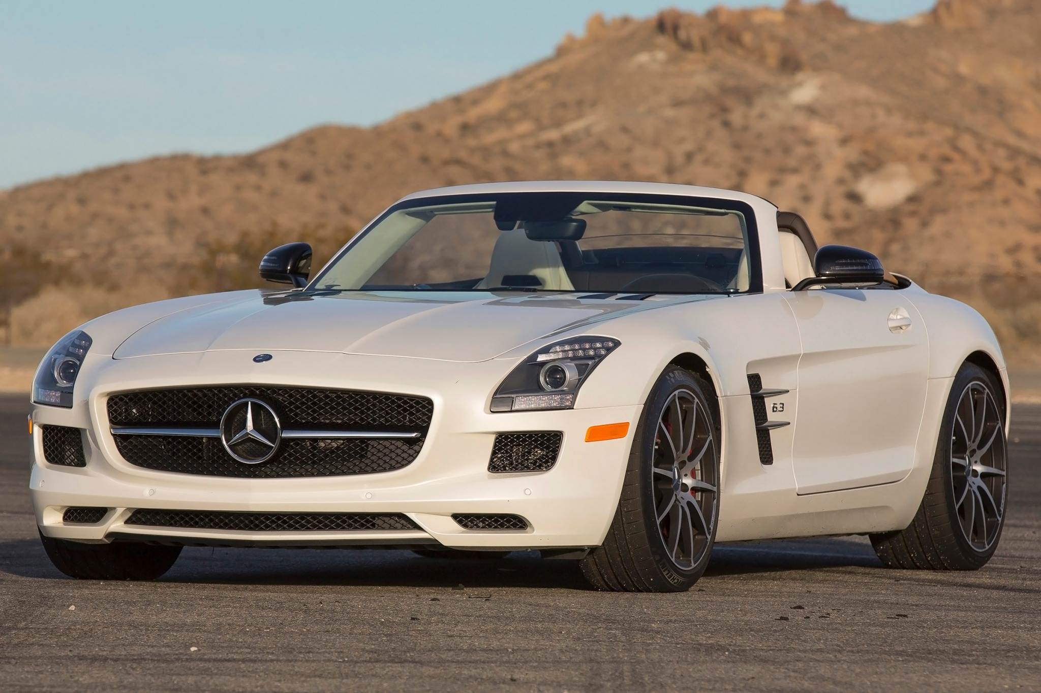 2013 Mercedes-Benz SLS AM exterior #6