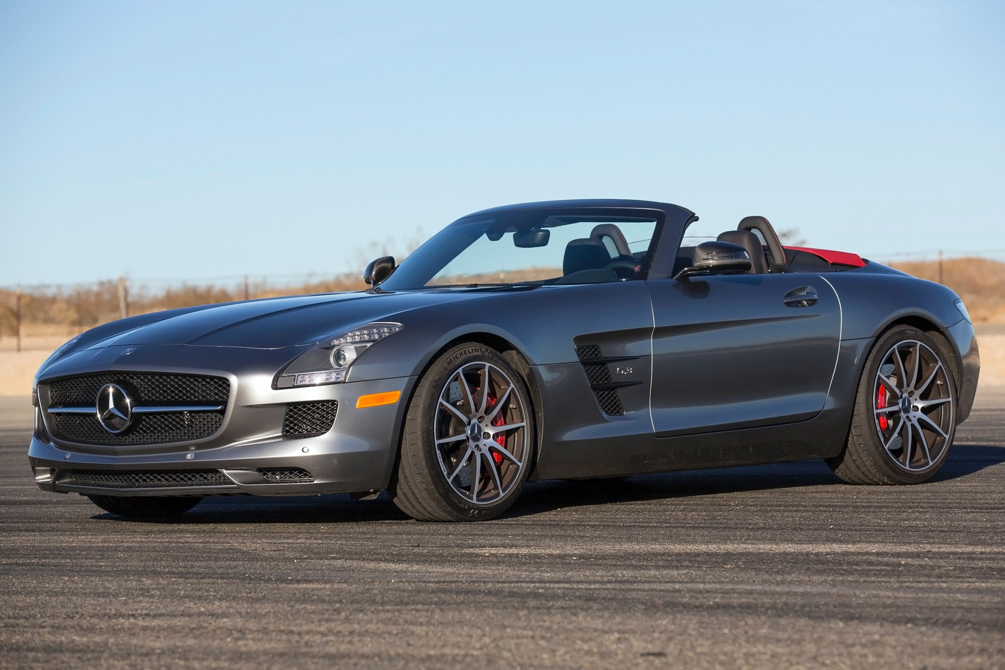 2013 Mercedes-Benz SLS AM exterior #1