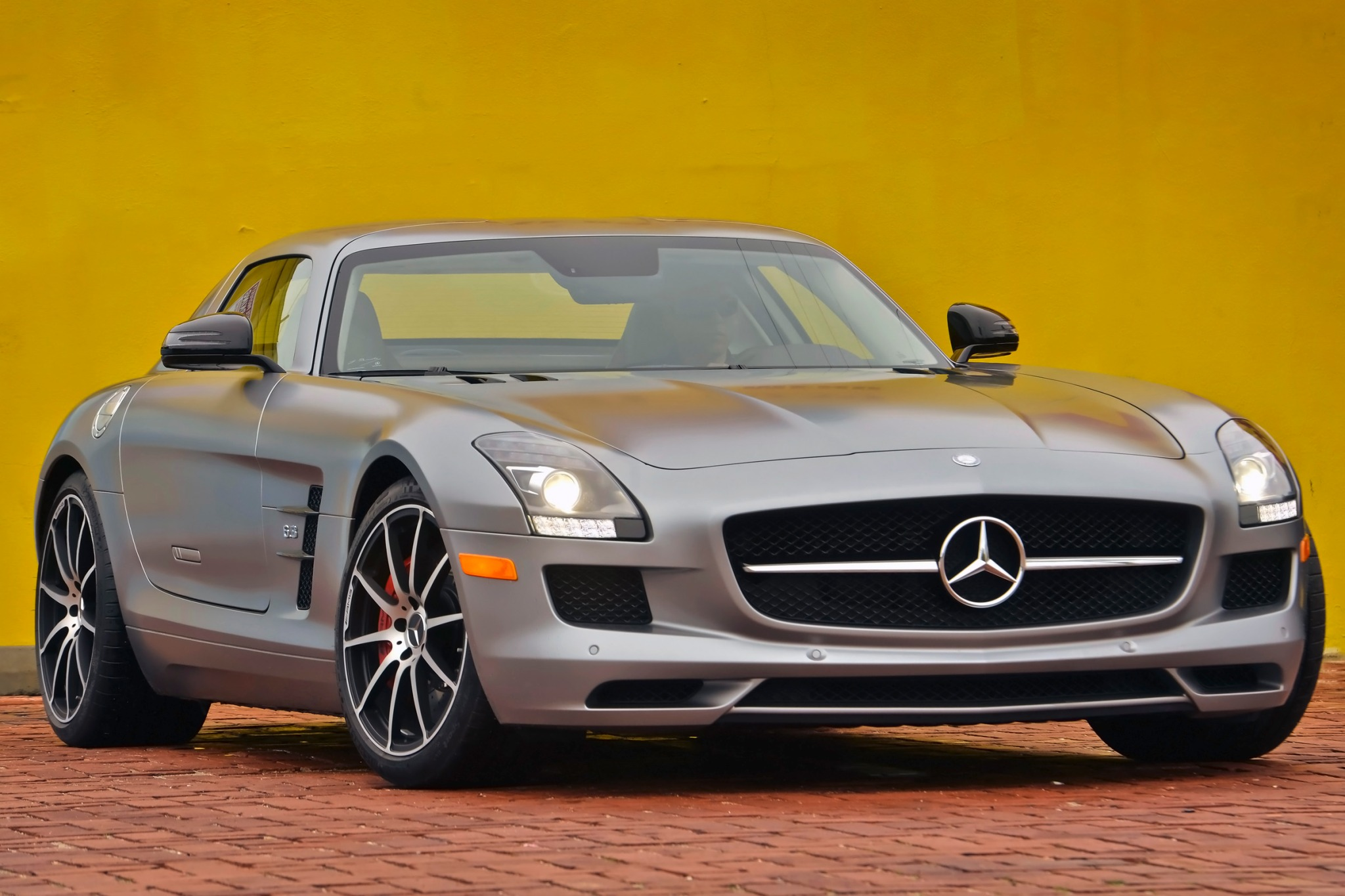 2013 Mercedes-Benz SLS AM exterior #3