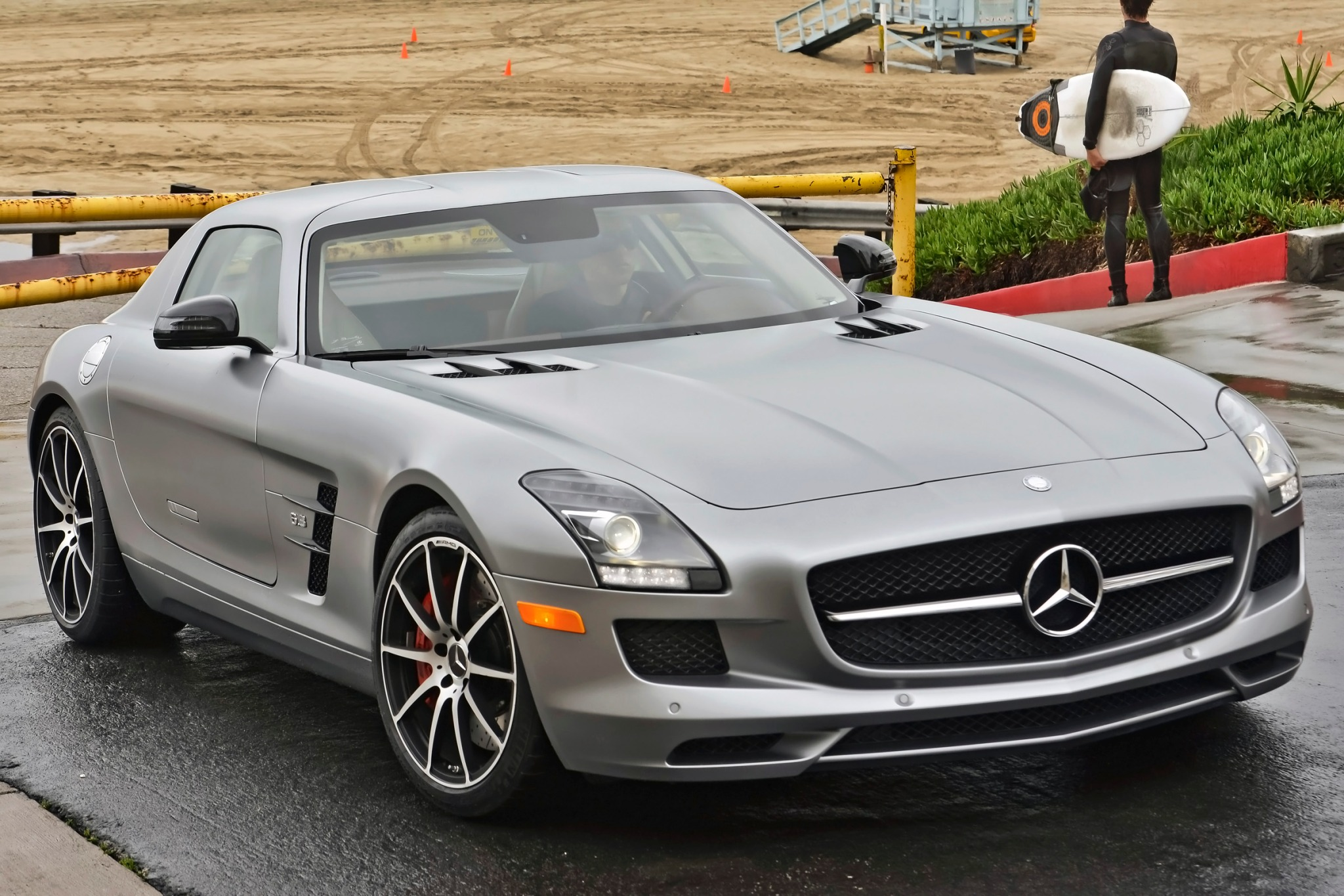 2013 Mercedes-Benz SLS AM exterior #4