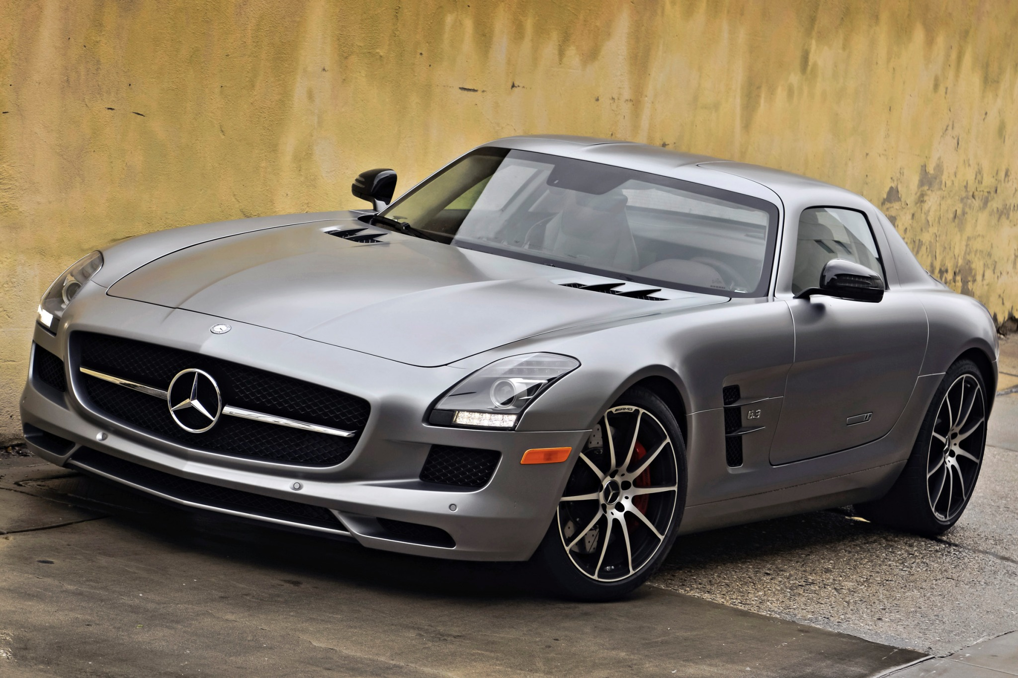 2013 Mercedes-Benz SLS AM exterior #5