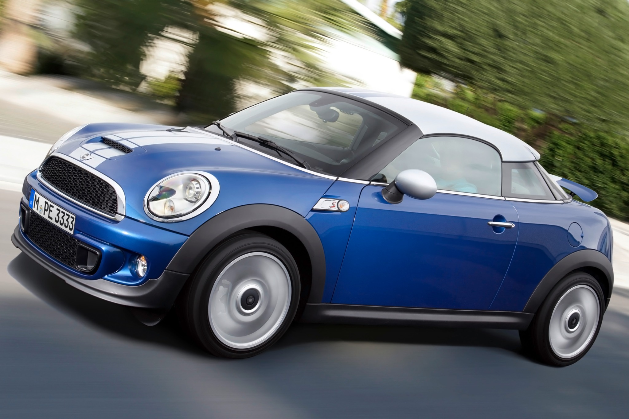 2013 MINI Cooper Coupe 2d exterior #3