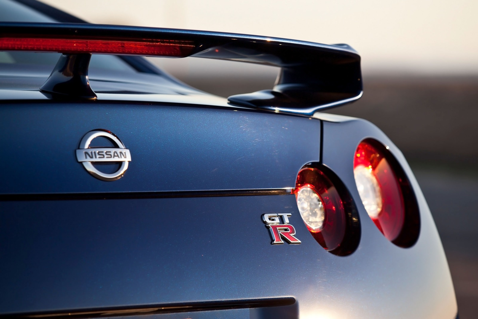 2013 Nissan GT-R Coupe 3. exterior #8
