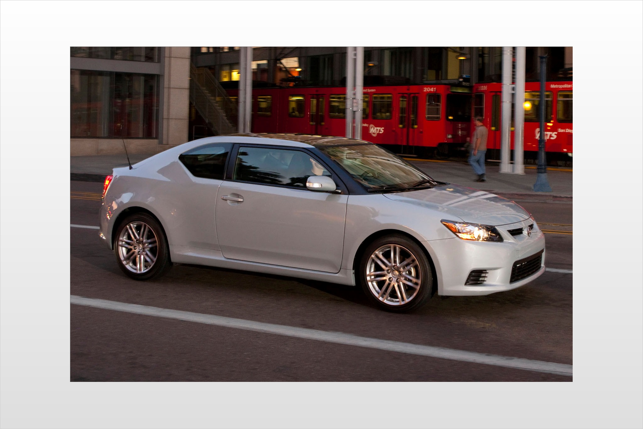 2013 Scion tC 2dr Hatchba exterior #6