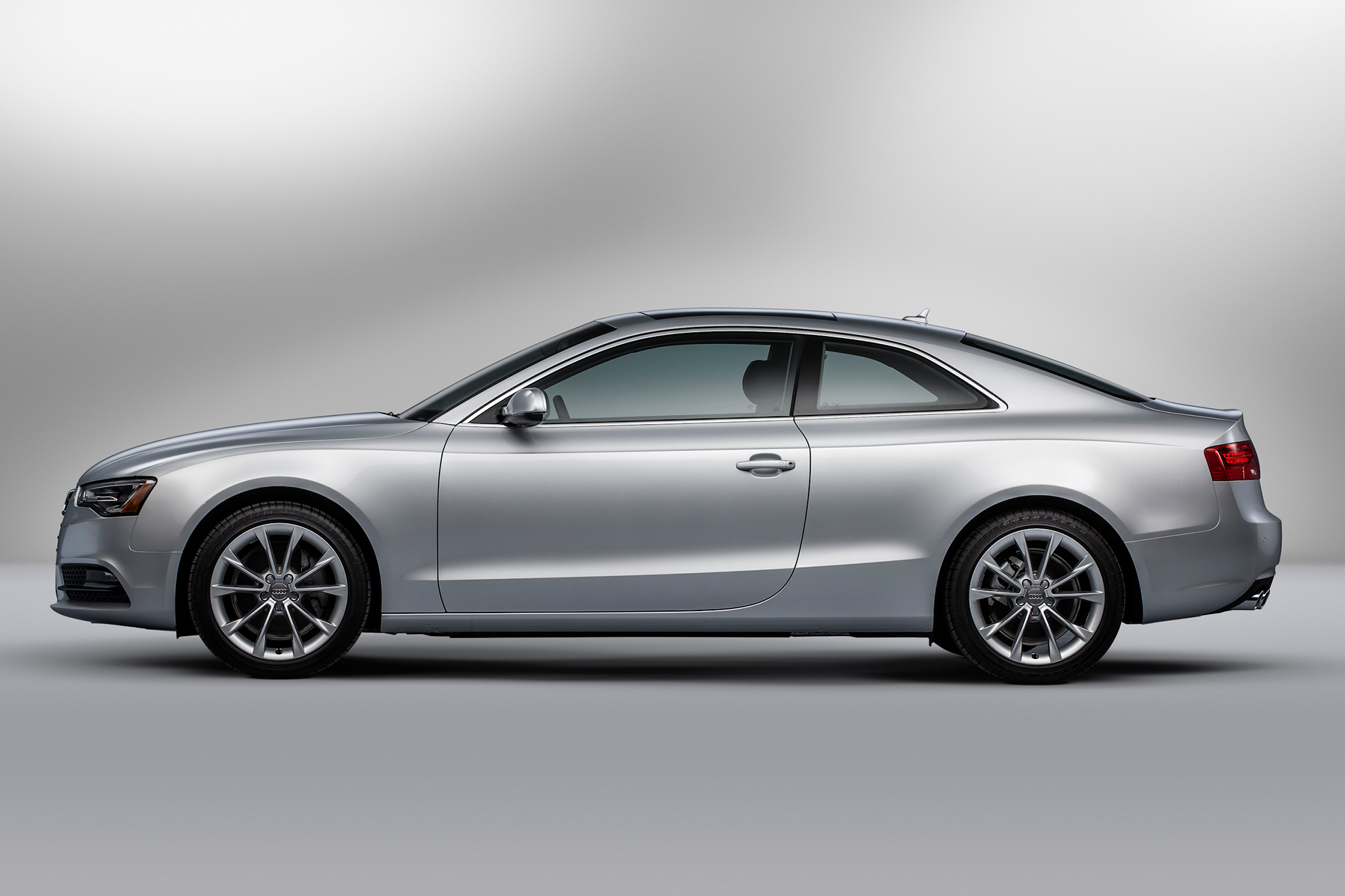 2014 audi a5 information and photos zombiedrive. Black Bedroom Furniture Sets. Home Design Ideas