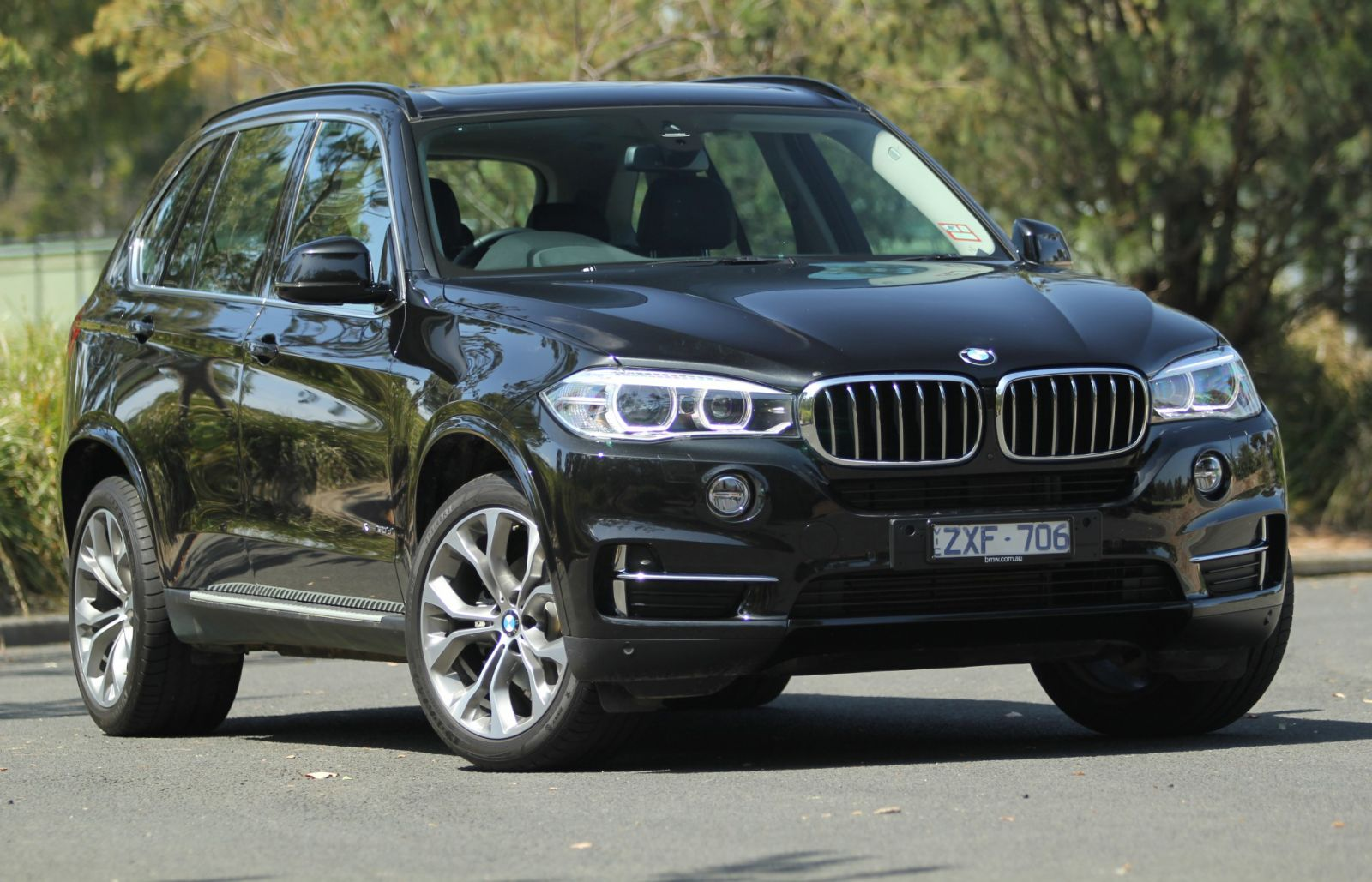 2014 bmw x5 information and photos zombiedrive. Black Bedroom Furniture Sets. Home Design Ideas