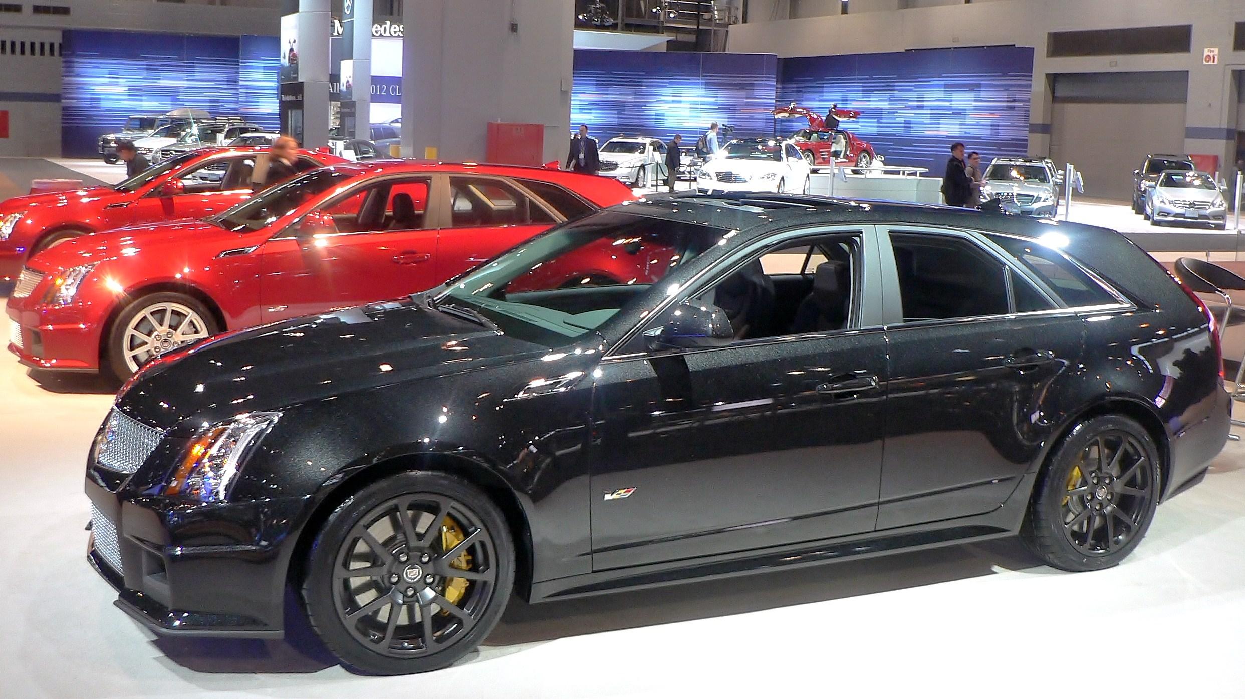 2014 Cadillac Cts V Wagon Image 6