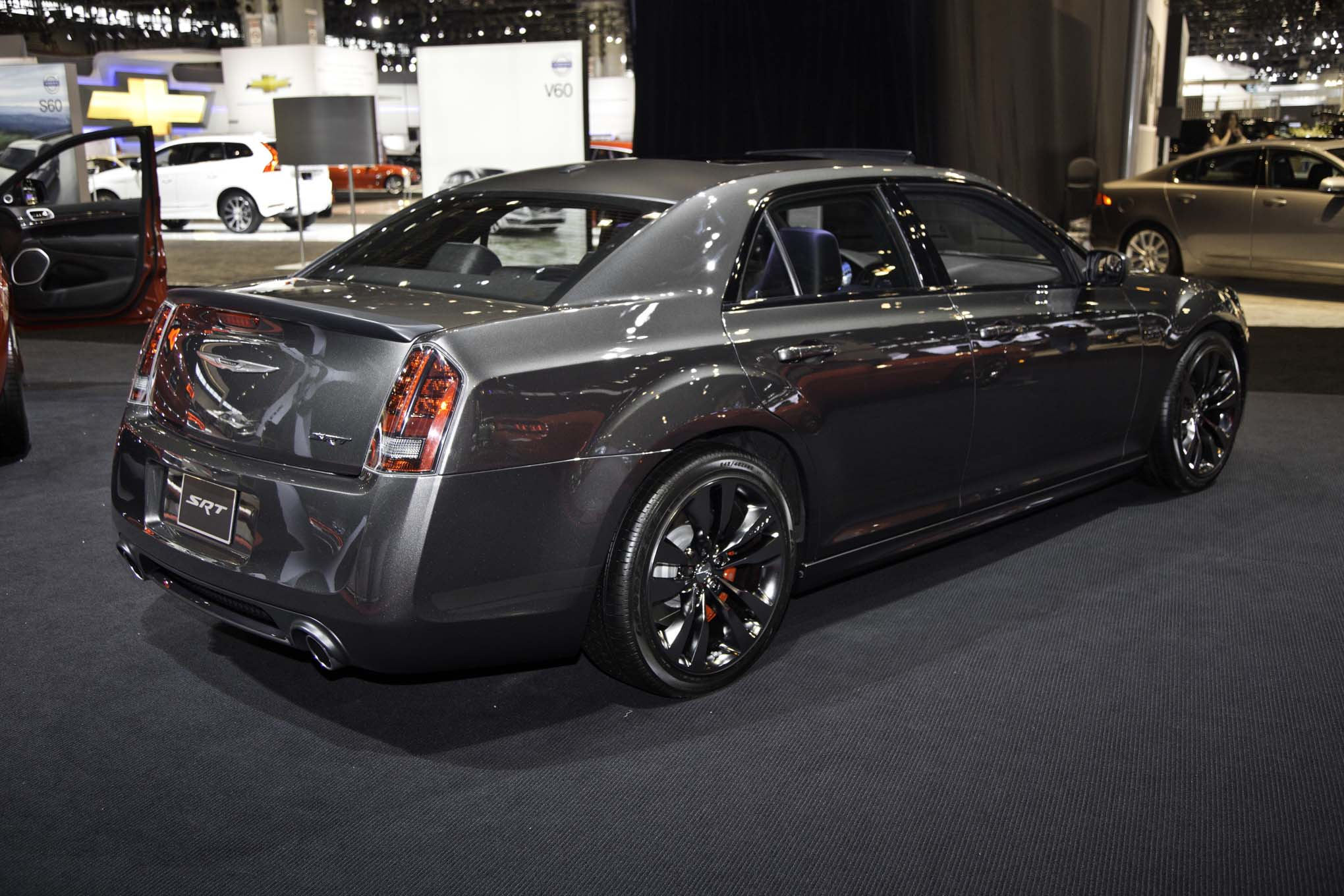 2014 Chrysler 300 #10