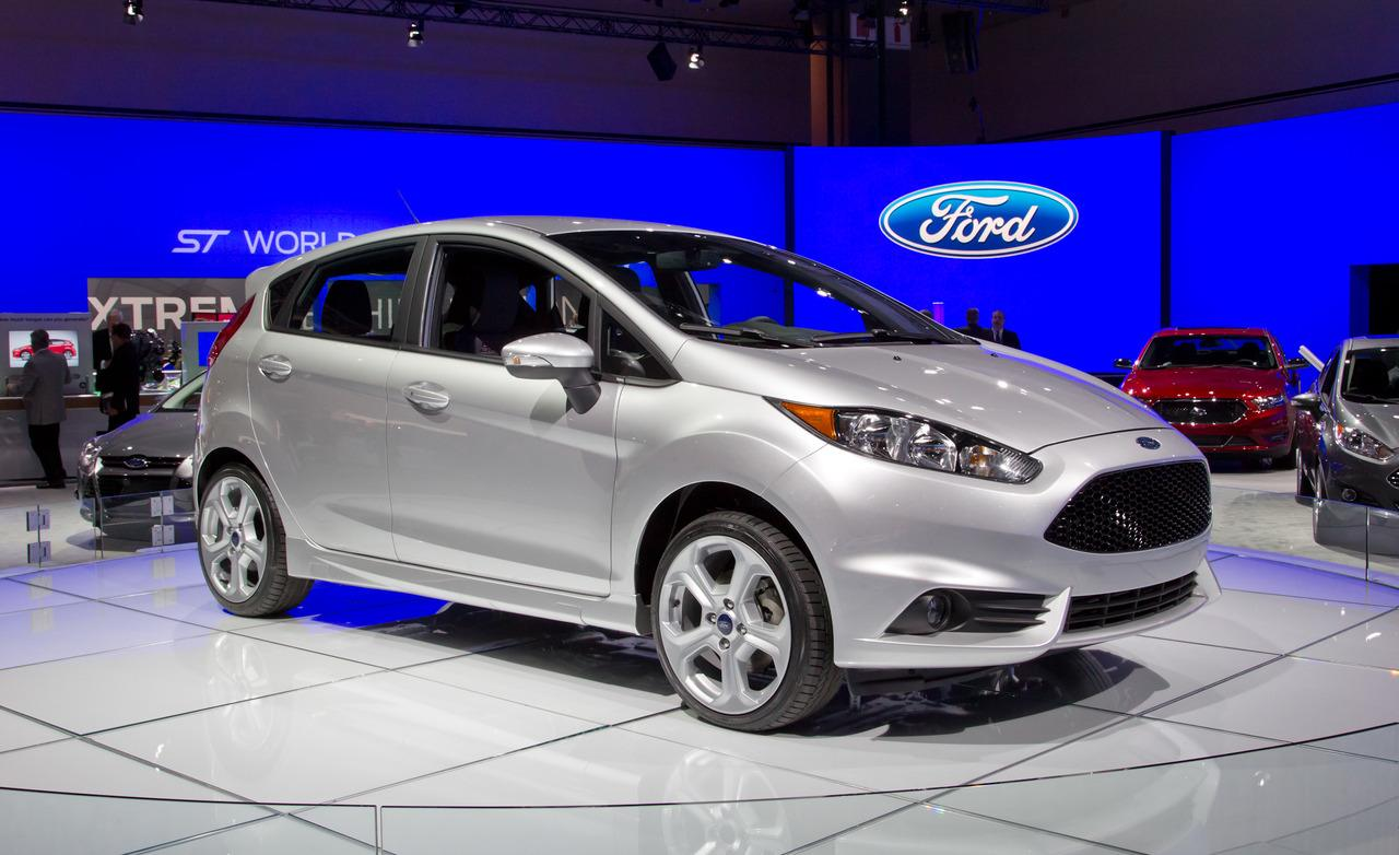 2014 Ford Fiesta Image 16