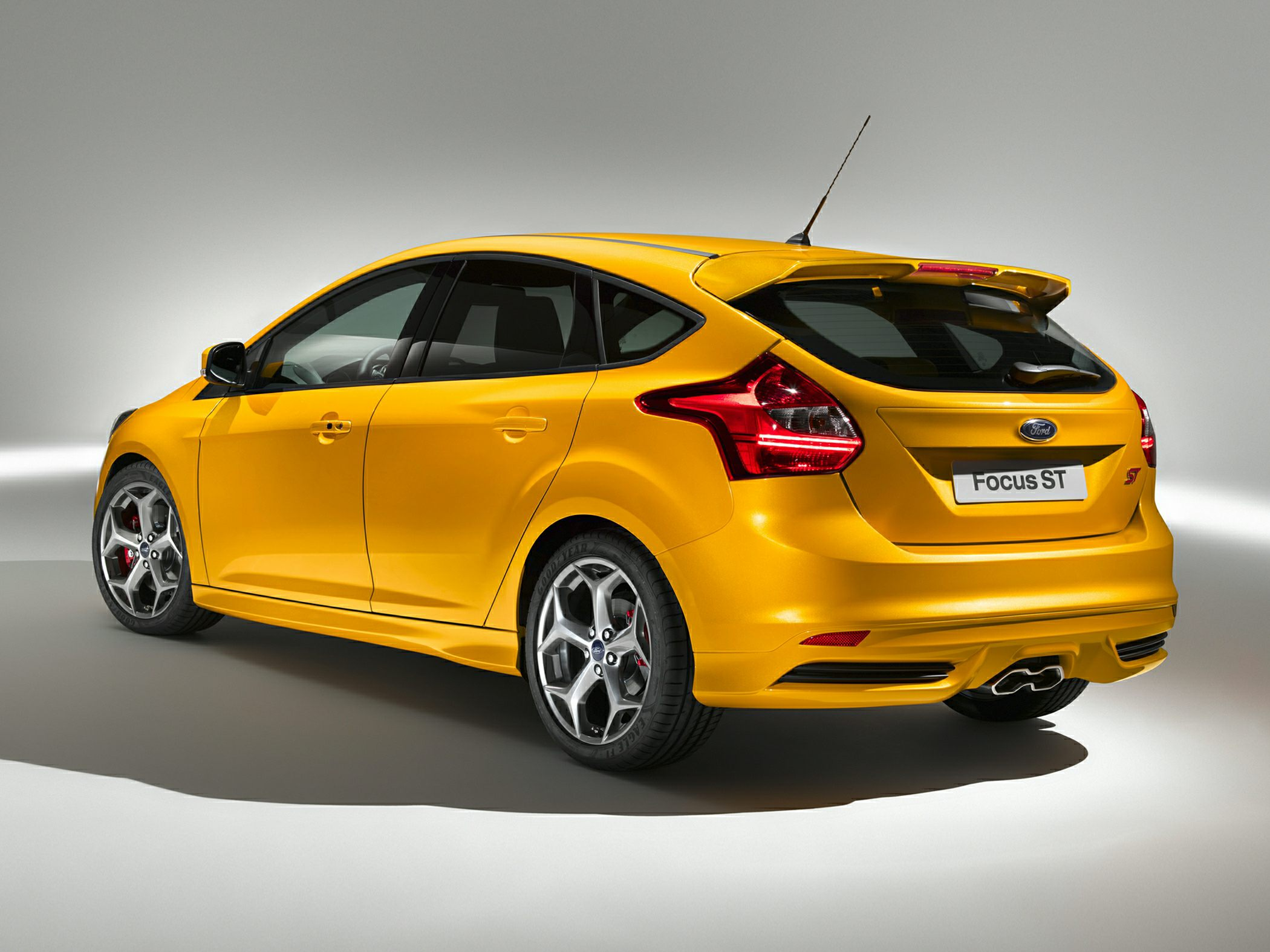 2014 Ford Focus St Information And Photos Zombiedrive Frame 19