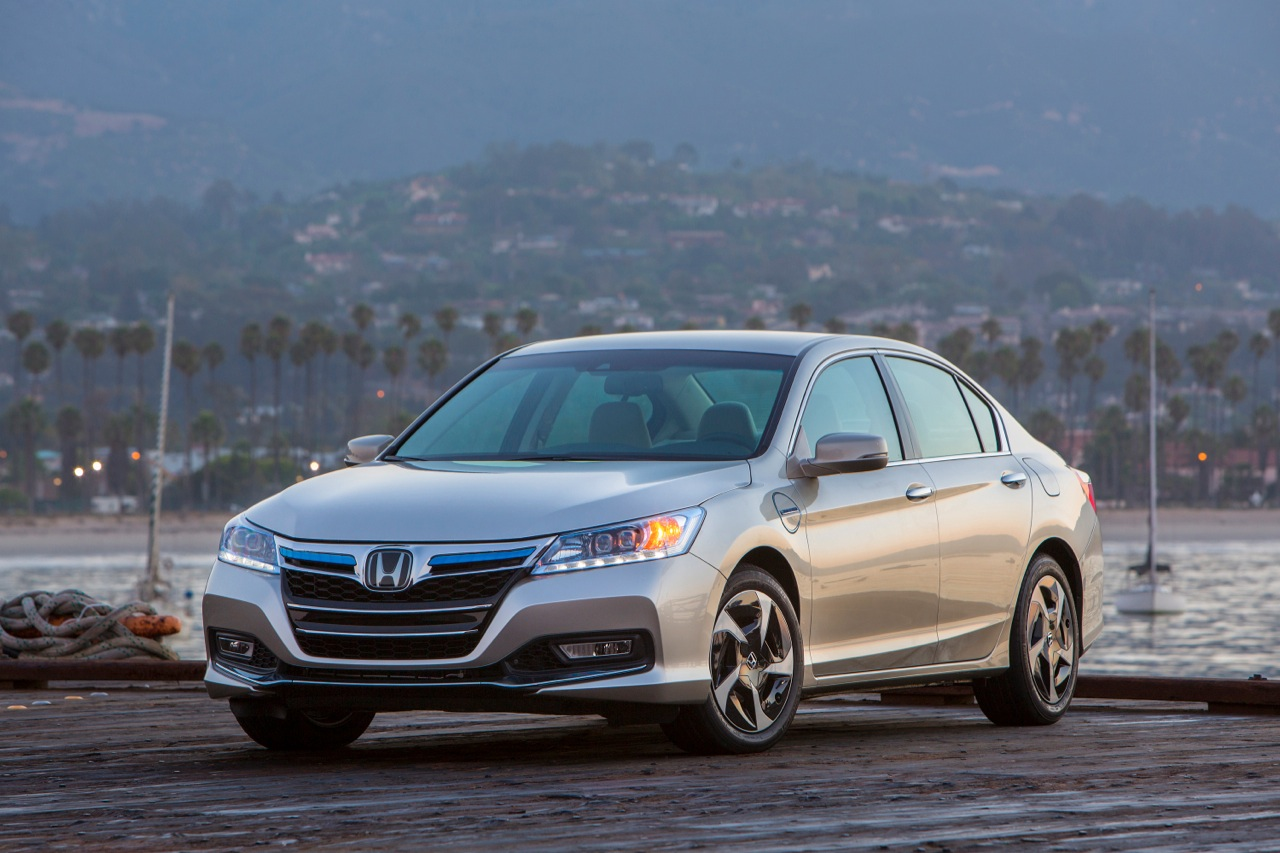 Honda Accord Plug-In Hybrid #19