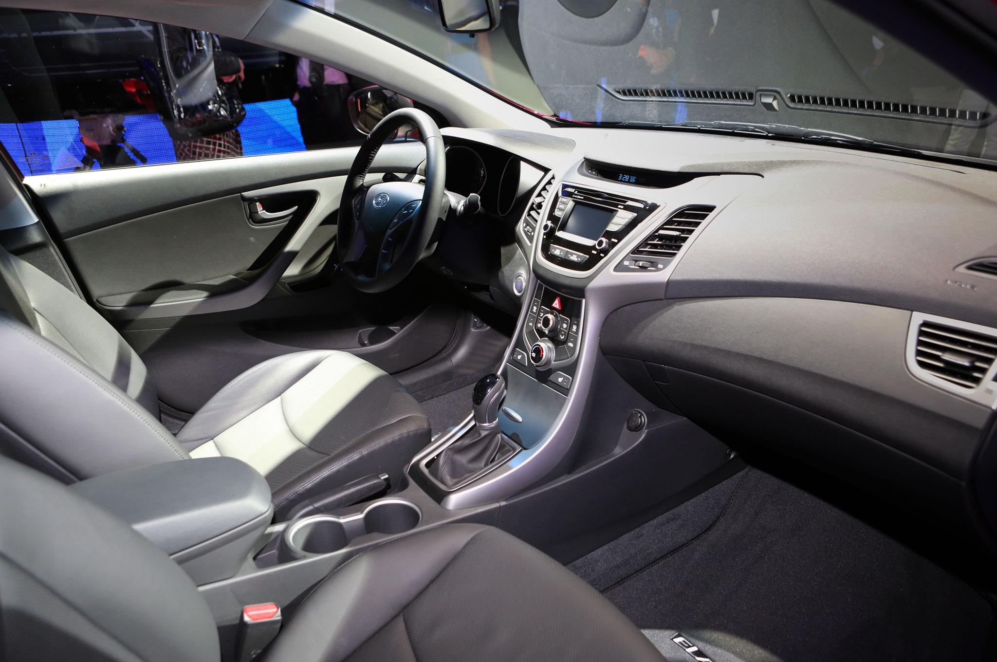 2014 Hyundai Elantra Image 14