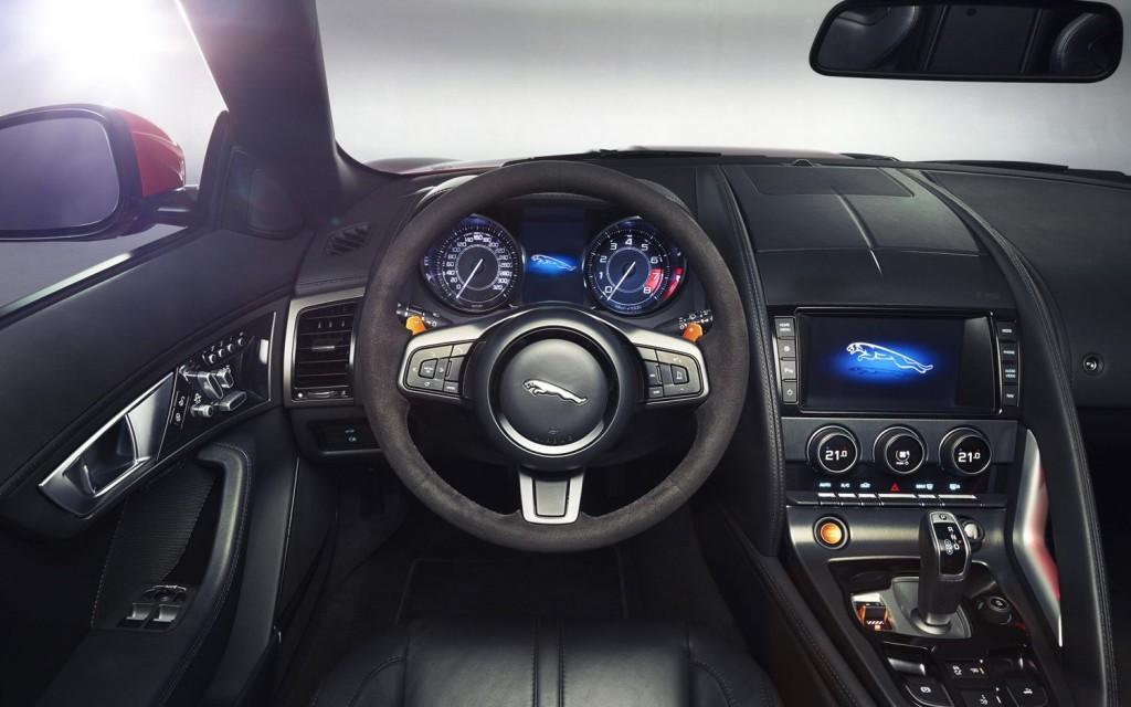 2014 Jaguar XF #13 Jaguar XF #13