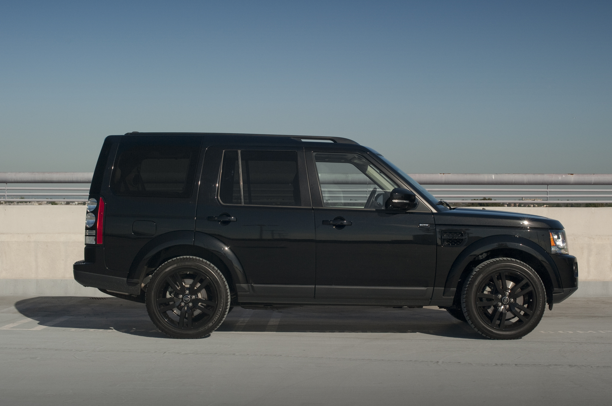 2014 Land Rover Lr4 Image 11