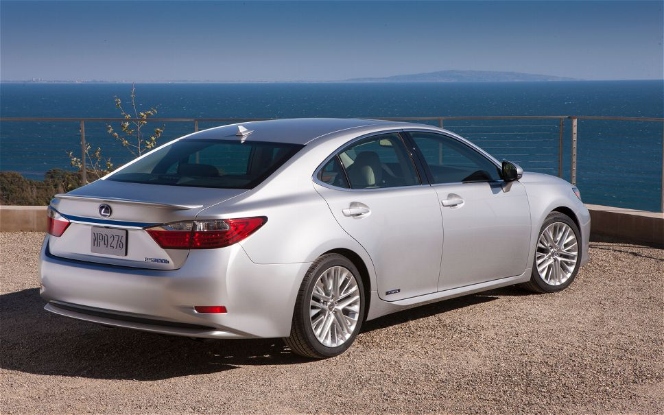 photos base features lexus sedan photo price reviews es