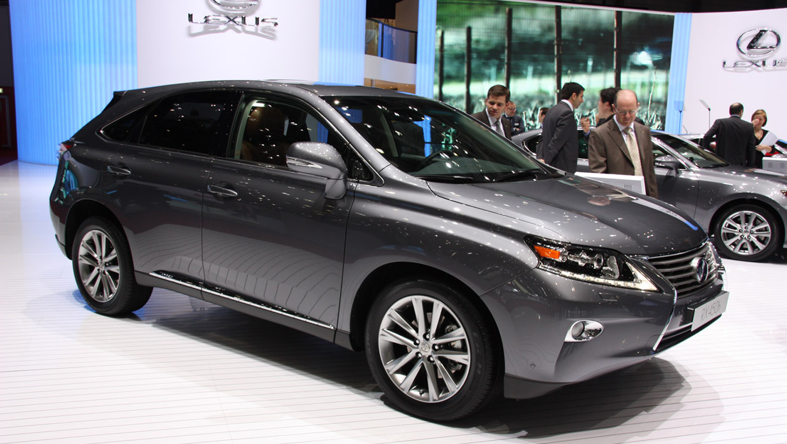 2014 lexus rx 450h image 15. Black Bedroom Furniture Sets. Home Design Ideas