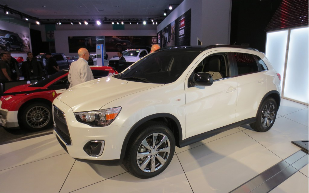 2014 Mitsubishi Outlander Sport - Information and photos