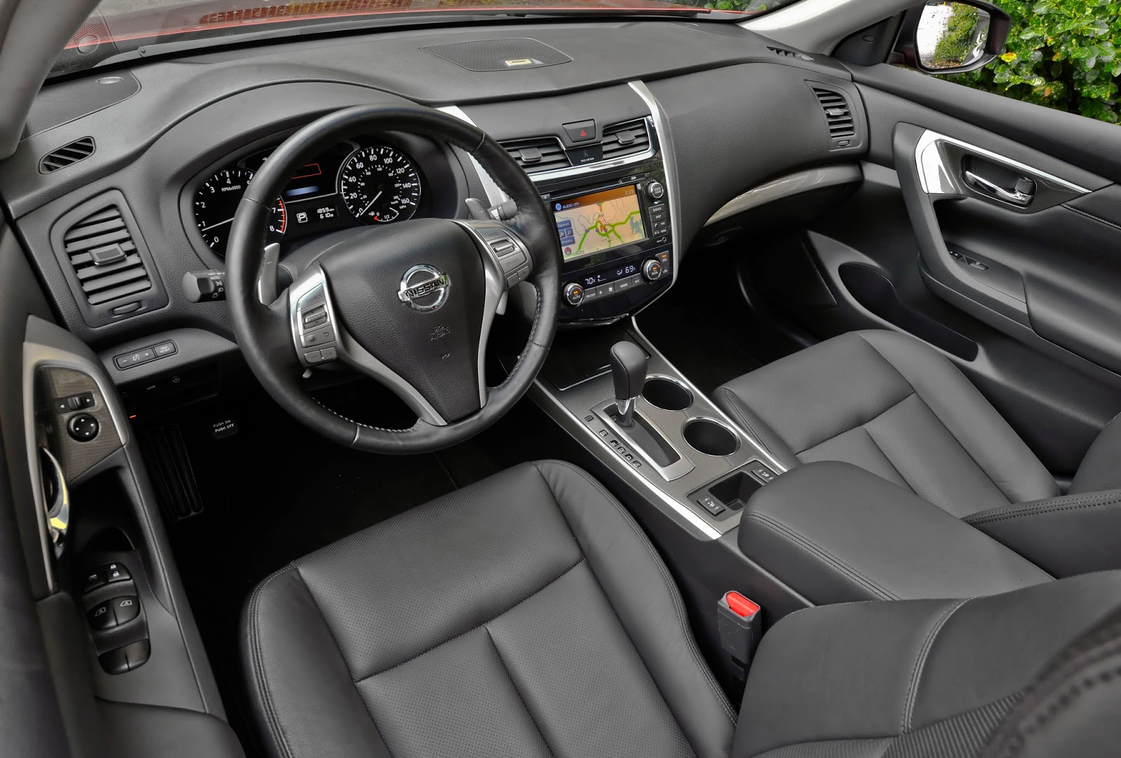 2001 nissan altima leather interior images hd cars wallpaper 2002 nissan altima black interior image collections hd cars 2014 nissan altima information and photos zombiedrive vanachro Images