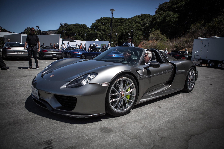 2014 Porsche 918 Spyder Image 11