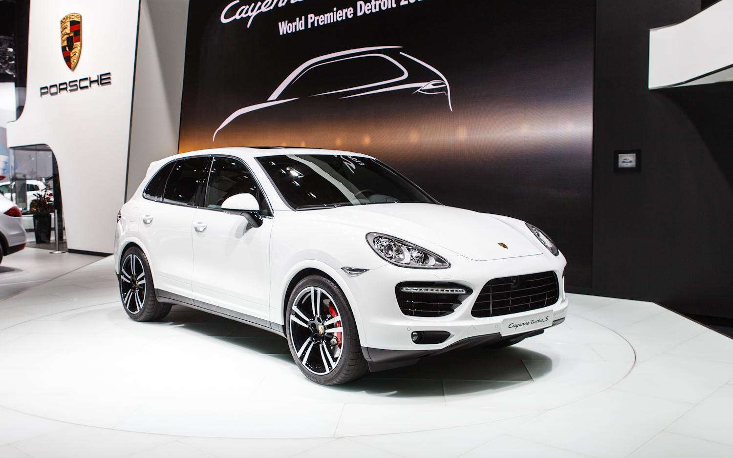 2014 porsche cayenne gts white images galleries with a bite. Black Bedroom Furniture Sets. Home Design Ideas