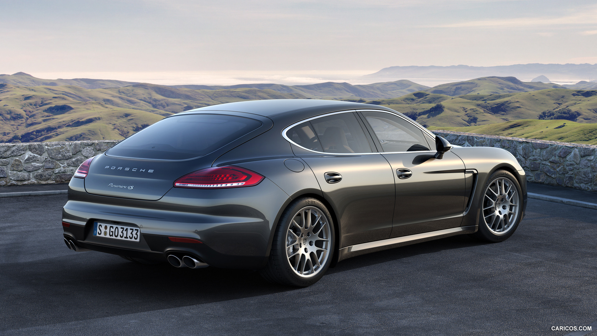 2014 Porsche Panamera - Information and photos - ZombieDrive