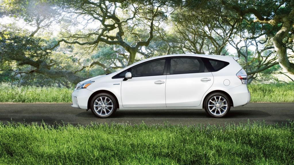2014 Toyota Prius V Image 17