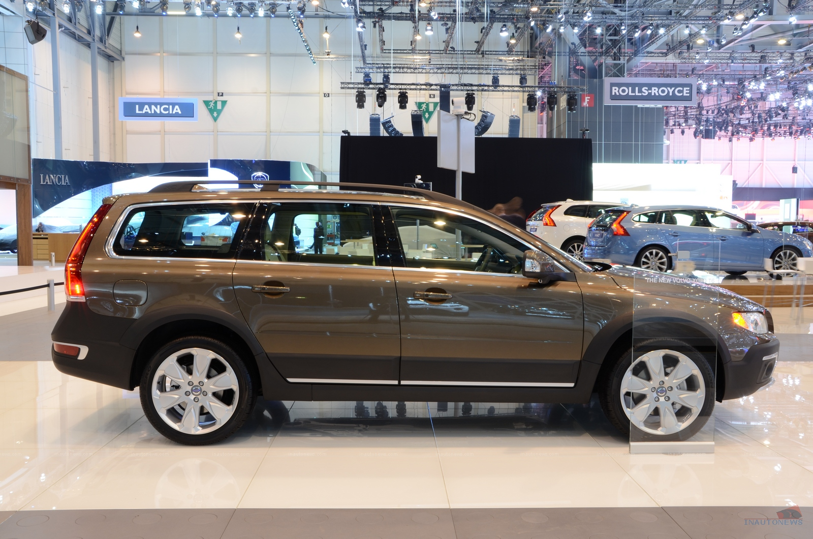 revealed news and facelifts facelift volvo