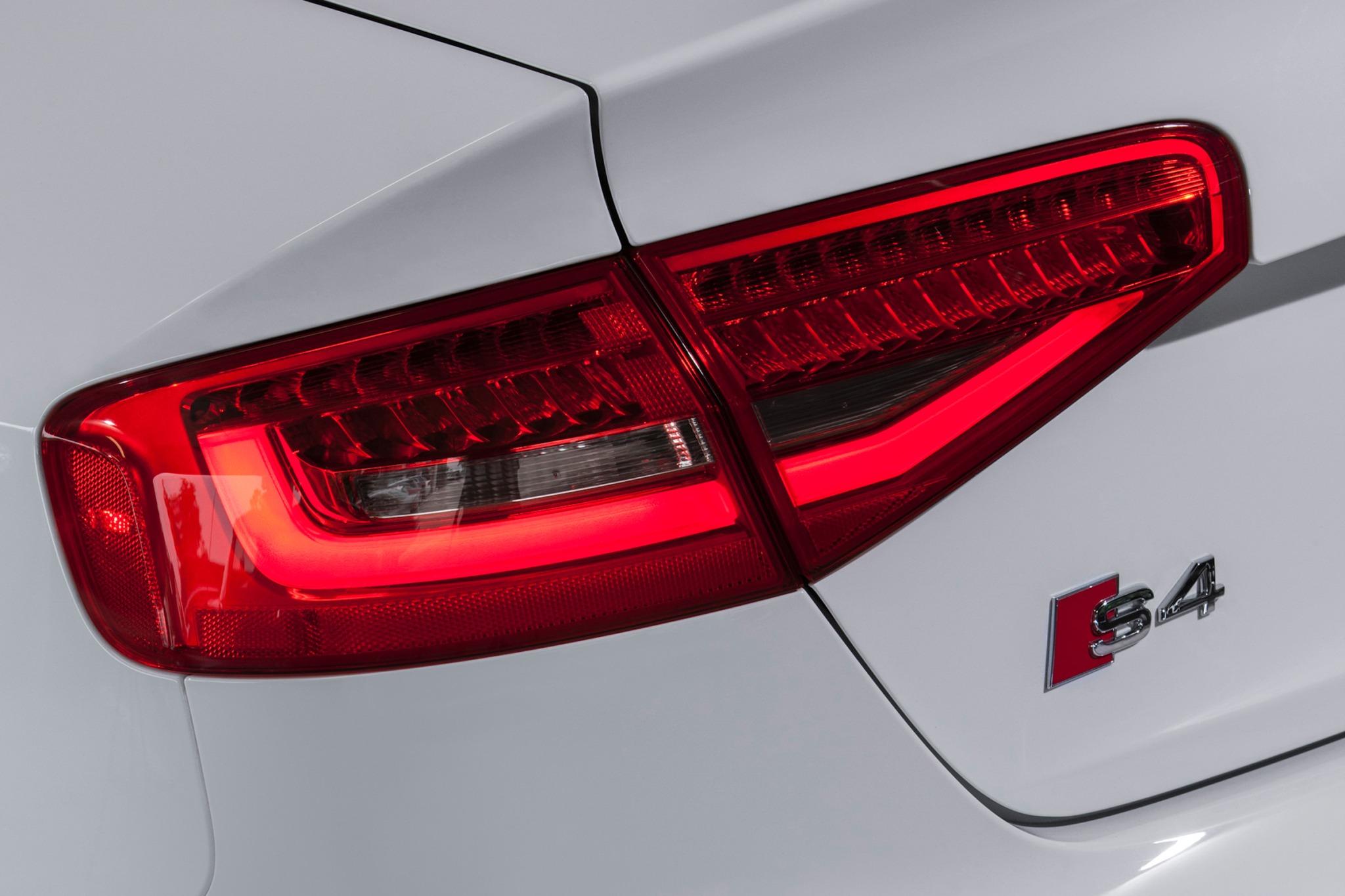 2013 Audi S4 Image 6