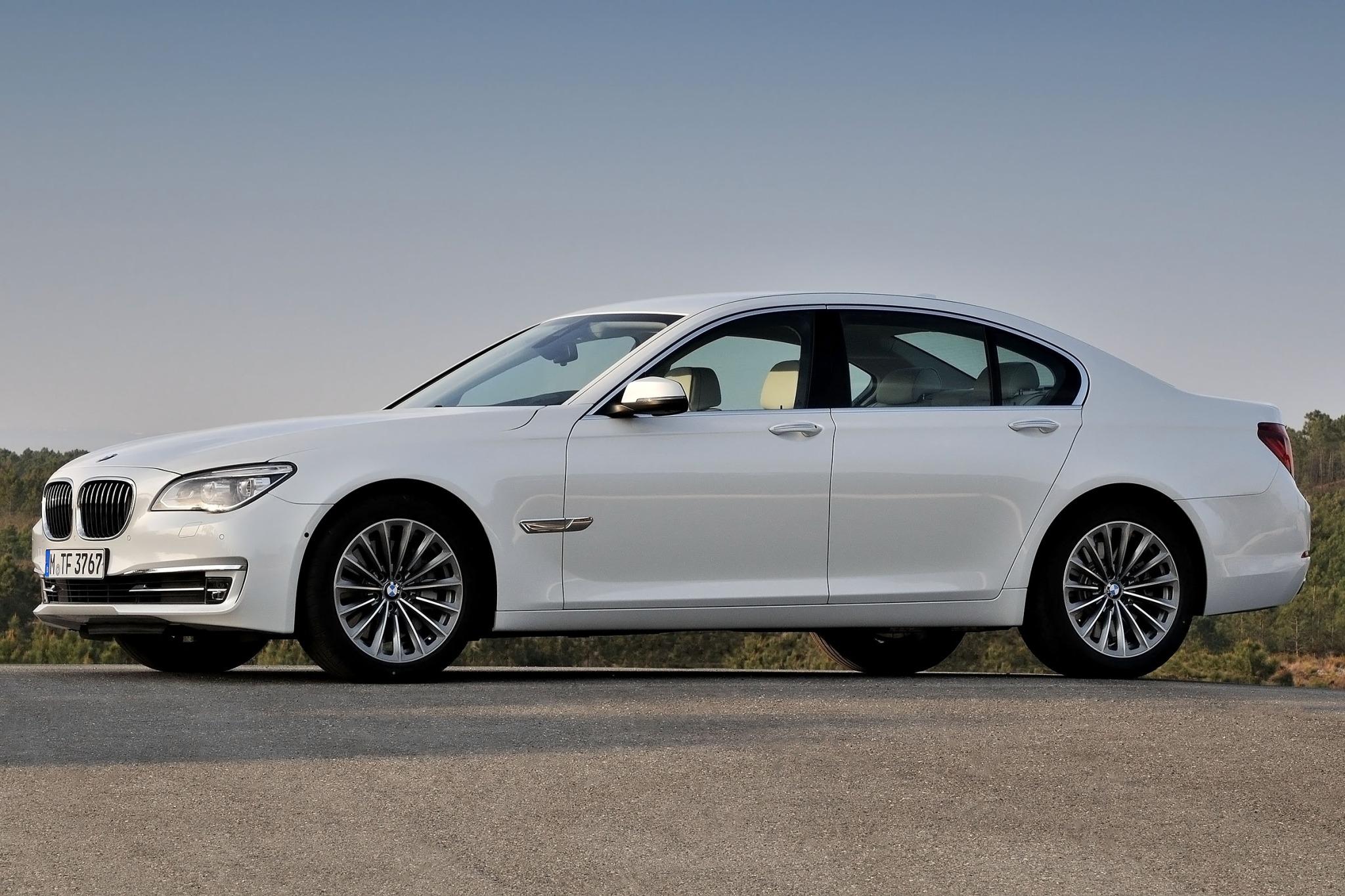 2014 BMW 7 Series Sedan Exterior 8
