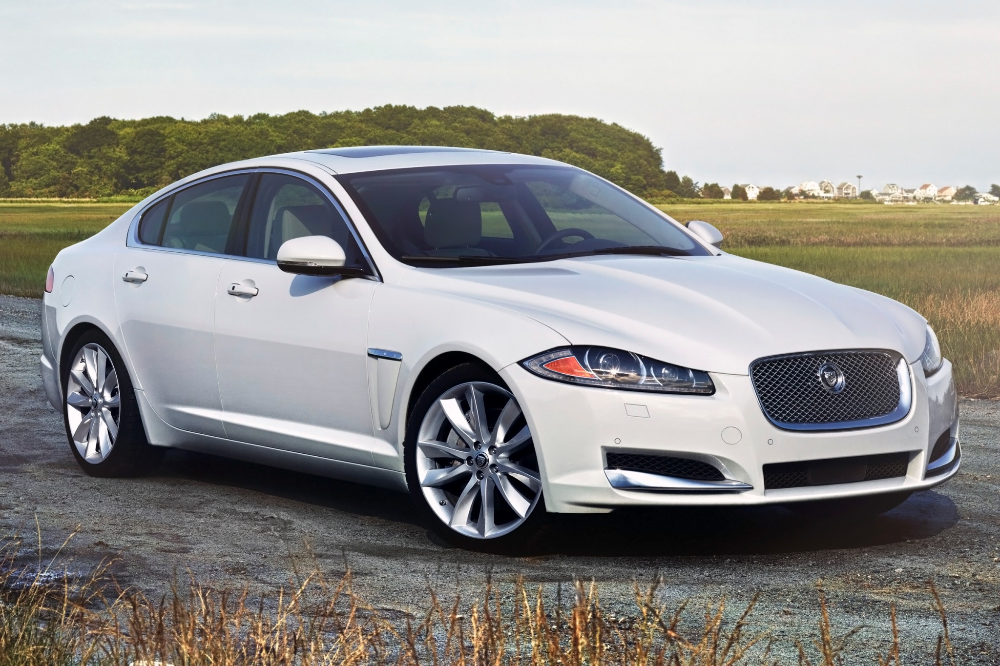 2014 Jaguar XF Sedan Inte interior #6