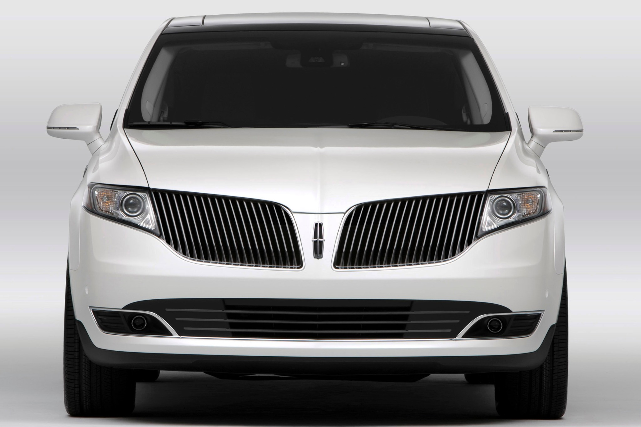 2014 Lincoln MKT Wagon Ex exterior #7