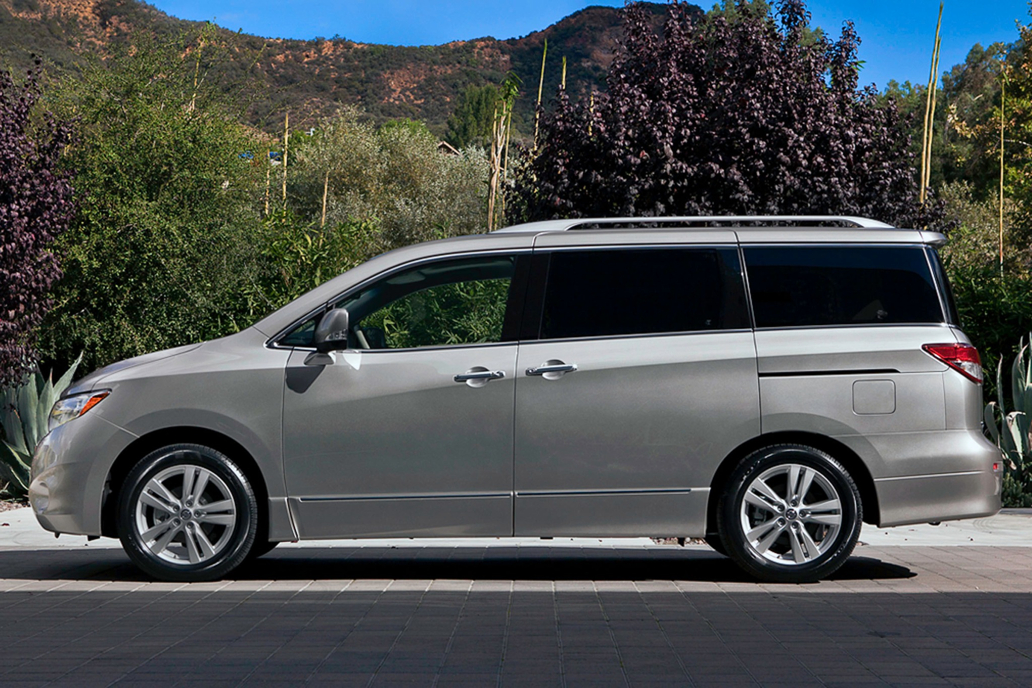 2014 Nissan Quest Information And Photos Zombiedrive Wiring Diagram 3 Sv Pass Interior